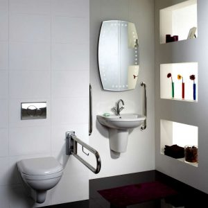Bathroom suite with two grab rails and folding support arm