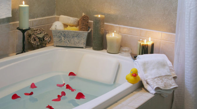 Bathtub Buying Guide: How to Find the Perfect Bath for You