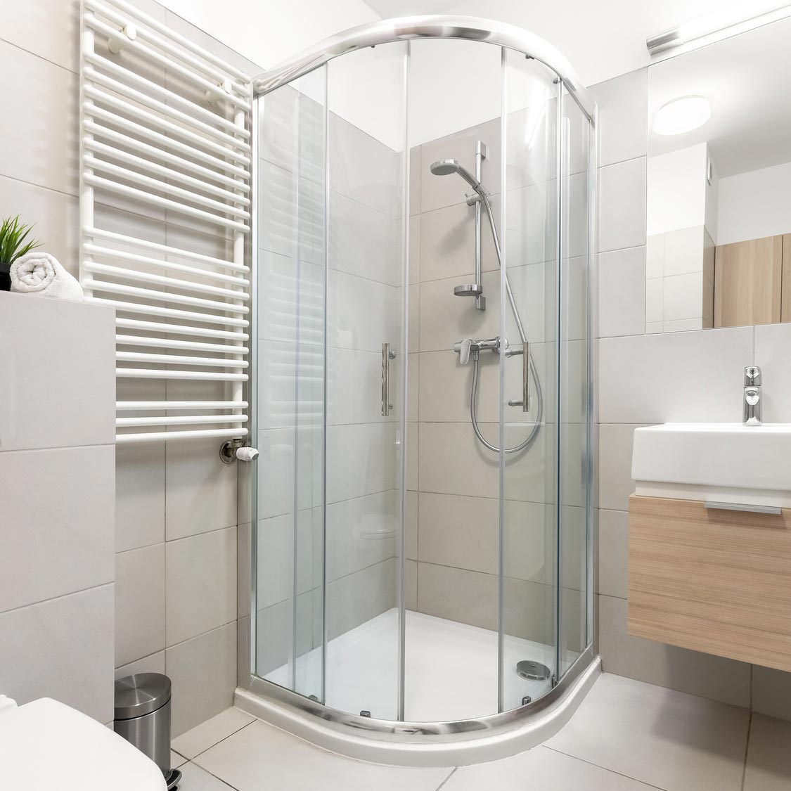 Shower Cubicles for Sale: Our Top 5 Styles in 2018