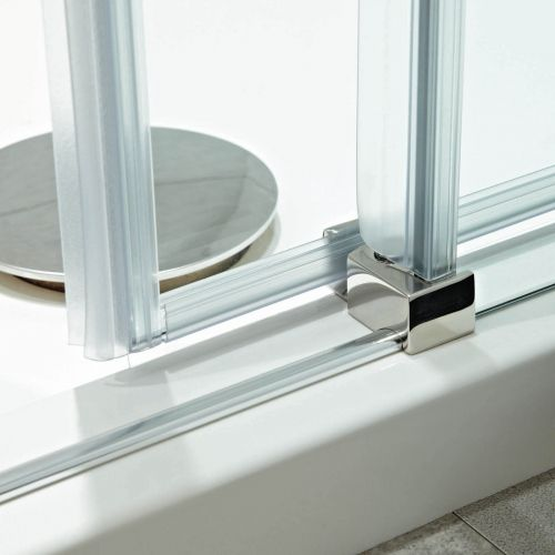 Sliding door seal detail